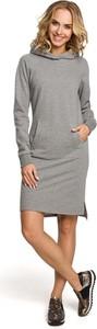 Sukienka MOE sportowa z długim rękawem z golfem