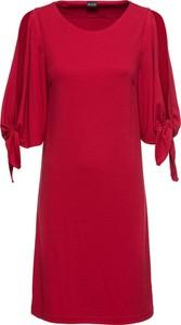 Sukienka bonprix BODYFLIRT z okrągłym dekoltem trapezowa z długim rękawem