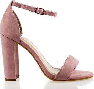 a091afb4 Różowe sandały Fashion z klamrami na słupku