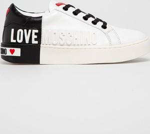 Buty sportowe Love Moschino z płaską podeszwą