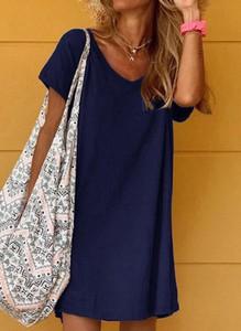 Niebieska sukienka Sandbella prosta