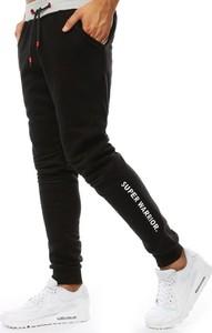 Czarne spodnie sportowe Dstreet z dresówki