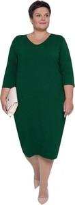Sukienka modneduzerozmiary.pl z długim rękawem z dresówki midi