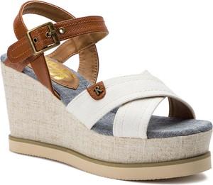 Sandały Refresh na średnim obcasie z klamrami w stylu casual