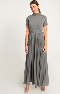 Sukienka QUIOSQUE z krótkim rękawem rozkloszowana