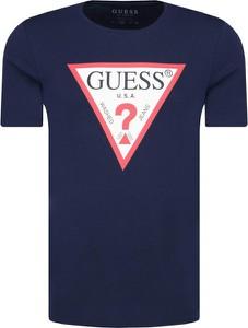 Niebieski t-shirt Guess Jeans