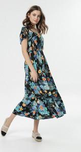 Sukienka born2be rozkloszowana maxi z krótkim rękawem