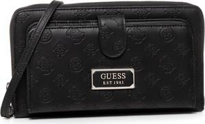Czarna torebka Guess