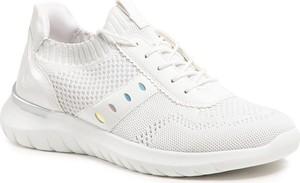 Buty sportowe Remonte sznurowane ze skóry ekologicznej z płaską podeszwą
