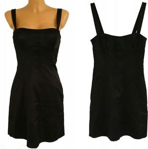 Czarna sukienka Mango na ramiączkach