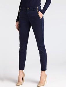 Spodnie Guess w street stylu z jeansu