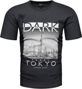 T-shirt Recea w młodzieżowym stylu z krótkim rękawem