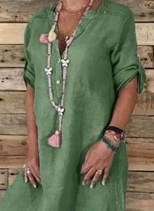 Zielona sukienka Sandbella midi z lnu