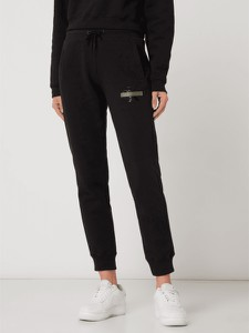 Czarne spodnie Calvin Klein w sportowym stylu