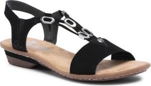Czarne sandały Rieker z płaską podeszwą z klamrami w stylu casual