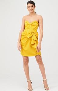 Żółta sukienka V by Very mini bez rękawów