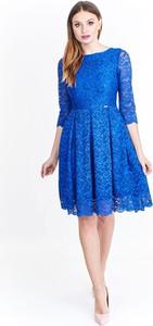 Sukienka producent niezdefiniowany z długim rękawem
