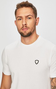 T-shirt EA7 Emporio Armani z bawełny z krótkim rękawem
