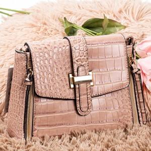 Różowa torebka Royalfashion.pl z tłoczeniem średnia
