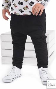 Czarne spodnie dziecięce Gapula