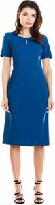 Niebieska sukienka Awama z krótkim rękawem z okrągłym dekoltem midi