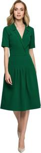 Sukienka Style z tkaniny midi z dekoltem w kształcie litery v