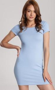Niebieska sukienka Renee prosta z okrągłym dekoltem z krótkim rękawem