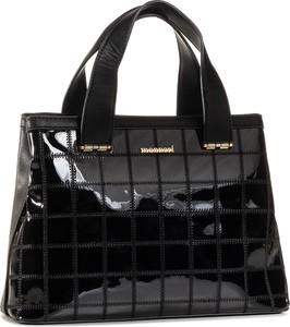 Czarna torebka eobuwie.pl lakierowana duża w wakacyjnym stylu