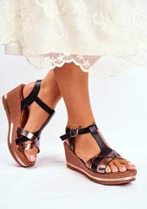 Sandały Eve ze skóry z klamrami