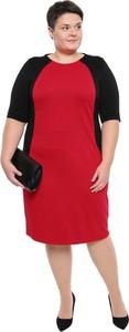 Sukienka modneduzerozmiary.pl z krótkim rękawem midi
