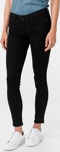 Czarne jeansy Guess w stylu casual z bawełny