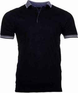 Czarny t-shirt WARESHOP w stylu casual z bawełny