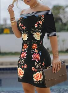 Sukienka Cikelly z krótkim rękawem z dekoltem w łódkę mini