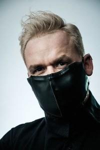 PIKIEL KURO Ochronna maseczka na twarz