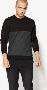 Czarna bluza Confront