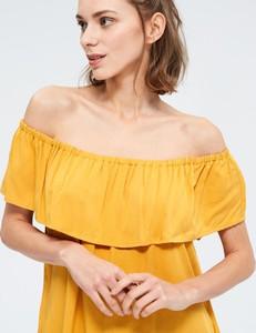 Żółta sukienka Diverse hiszpanka mini z krótkim rękawem