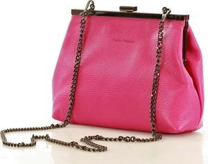 Różowa torebka Merg lakierowana mała na ramię