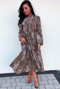 Sukienka Ivet.pl koszulowa z długim rękawem w stylu casual