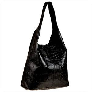 Czarna torebka Borse in Pelle ze skóry w wakacyjnym stylu duża