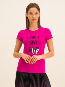Różowy t-shirt Armani Exchange z krótkim rękawem z okrągłym dekoltem w młodzieżowym stylu