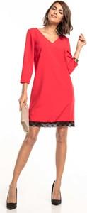 Sukienka Tessita z dekoltem w kształcie litery v