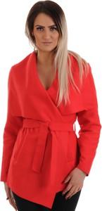 Czerwony płaszcz Lamar