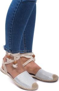 Sandały Gemre sznurowane z płaską podeszwą