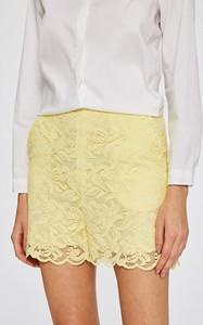 Żółte szorty Answear