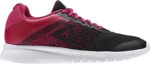 Czerwone buty sportowe Reebok Fitness z płaską podeszwą sznurowane w sportowym stylu