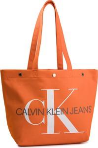 Pomarańczowa torebka Calvin Klein duża na ramię