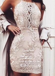 Sukienka Sandbella dopasowana z okrągłym dekoltem mini