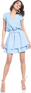 Niebieska sukienka Tessita z dekoltem w kształcie litery v