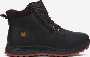 Czarne buty zimowe born2be sznurowane w stylu casual