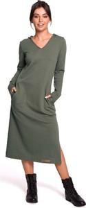 Sukienka MOE z dekoltem w kształcie litery v w stylu casual z długim rękawem